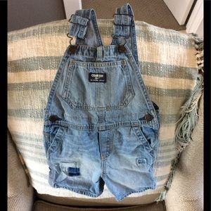 Adorable OshKosh Short Overalls ☀️